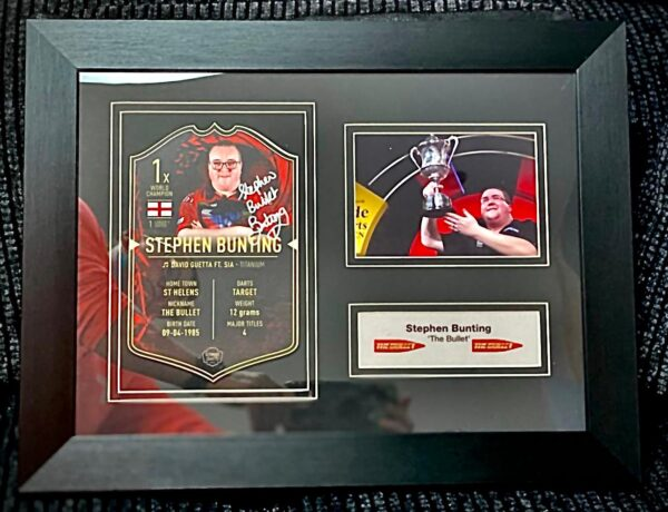 Framed Stephen Bunting Ultimate Darts Card